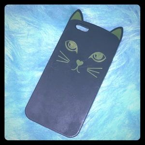 I phone 6/6s phone case! Very gently used.